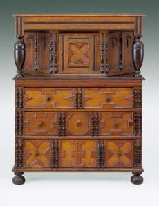 Putnam Family Cupboard, 1680